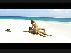 Sexy Woman Sucks & Rides Her Hubby's HardCock on Public Beach HOT