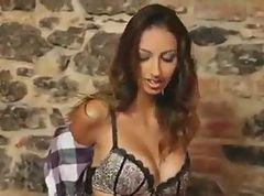 olided massage with a sexy czech girl
