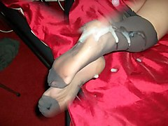 cum over my girlfriends grey tights pantyhose nylon feet