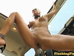 fetish babe fisting her loose gaping box