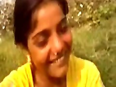 desi village girl having fun with boys