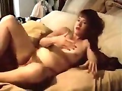 observing almost any wonderful friends mom masturbating - full video on nudecam18.net