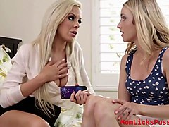 nina elle offers her lesbian encounters with karla kush