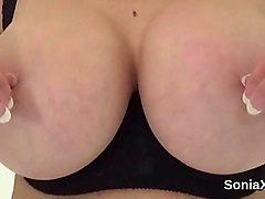 unfaithful english milf gill ellis shows her large boobs