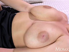 mom big natural tits babe face sitting on older woman