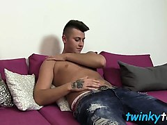 roman wanking till he cums on his belly after rubbing feet