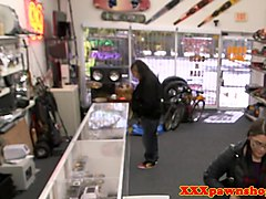 Spex pawnshop thief paying with blowjob