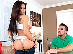 Jamie Valentine & Johnny Castle in Real Workout - MilfHunter