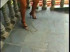 young outdoor tranny (transexual trannyshemale )