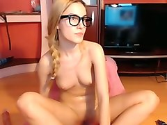 lubricious girl makes me cum while we webcam online