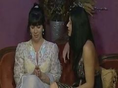 Rayveness and India SUMMER