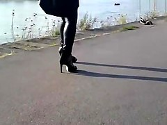 Am Rhein in Lack Leggins in Dusseldorf