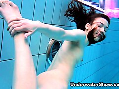UnderwaterShow Video: Roxolana
