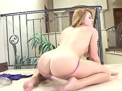 dirty redhead slut masturbate herself