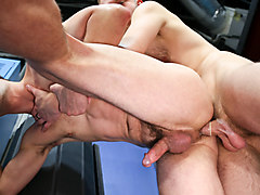Cameron Kincade & Chandler Scott in To Shave Or Not To Shave Video - MenOver30