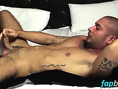 muscular gym bunny mike iron loves playing with his pecker