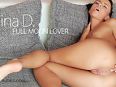 Gina Devine in Full Moon Lover - MCNudes