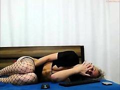 orgasm agony over-takes blonde cam girl