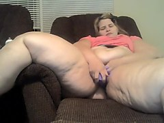 Pregnant BBW Pounding hairy pussy with aToy
