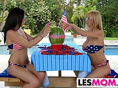 Stepmom Alexis Deen plays with Alexis Fawx