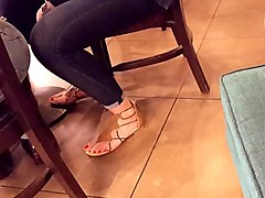 candid teen sexy long red toes, feets in sandals