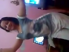 Arab girl hot dance so sexy