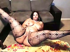 this voluptuous latina charmer looks like she can take a serious pounding