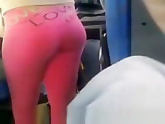 Sexy ass in pink leggins