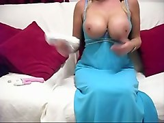kinky fabulous webcam blond haired lady exposed her big boobs during solo