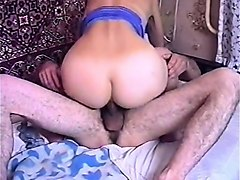 platinum blonde gives close up amateur anal sex