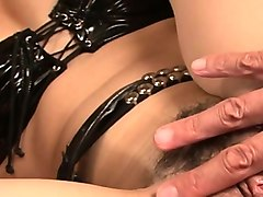 pretty japanese receives pointer sisters mashing and toying