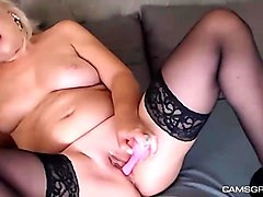 adorable milf camwhore masturbating with toy - camsgram.com
